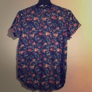 Hollister Large Floral Print T-Shirt